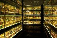 Scotch library (click to dream - courtesy of the Scotch Whisky Experience)