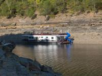 Houseboating the Cumberland River