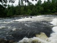Whitewater rafting the Ottawa River